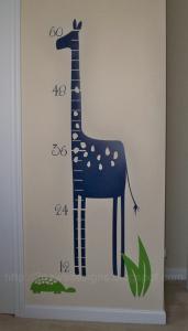 Giraffe growth chart vinyl wall decal: May 2009