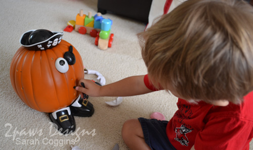 Mr Potato Head Pumpkin: Play