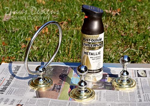 Half Bath Remodel: Two Toned Hardware Before #foreclosuretohome