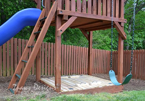Sandbox Lid & Bench: Closed