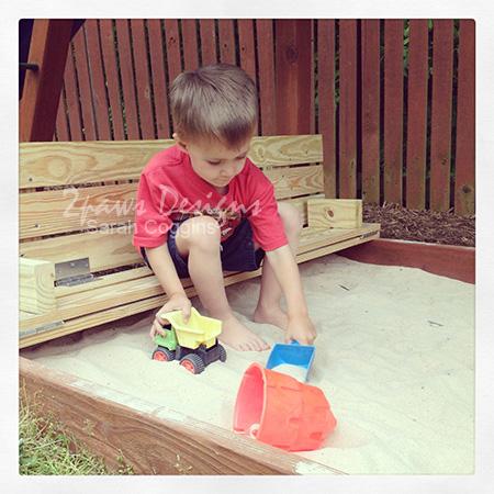 Sandbox Lid & Bench: Play