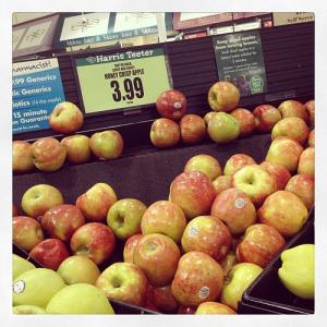 Hurray! Honey crisp apples are in. #weekinthelife #fall