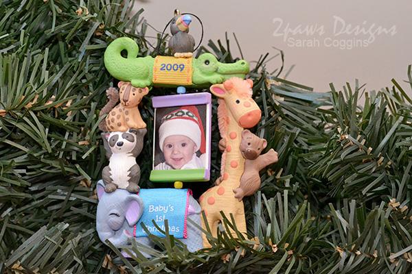 Hallmark KeepsakeIt 2009 Baby's First Christmas