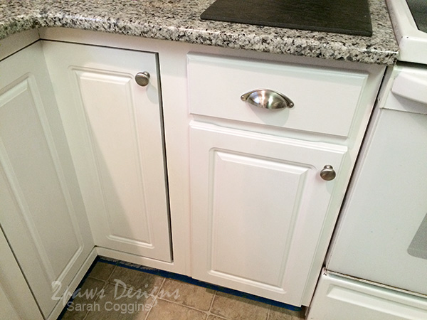Kitchen Makeover: Painted Cabinets & New Drawer Pulls