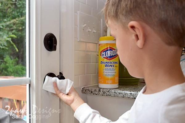 #BackToClean: Wiping down door knobs