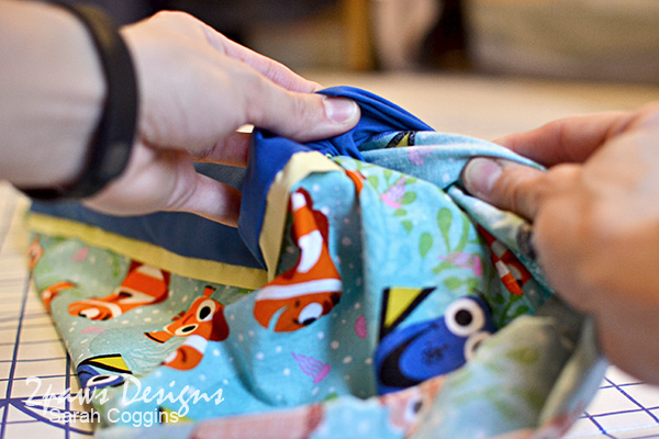 Finding Dory Pillowcase: Pull Fabric from Hidden Seam Band