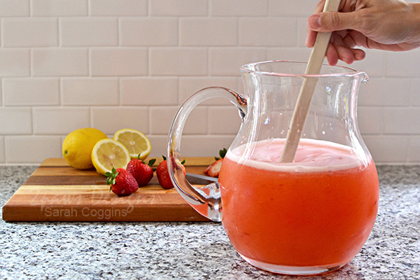 Stir Strawberry Lemonade Mixture