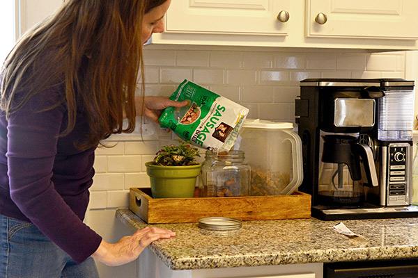 Kitchen Dog Center: Fill Treat Jar #ad #NutrishRealMeatTreats #NutrishPets