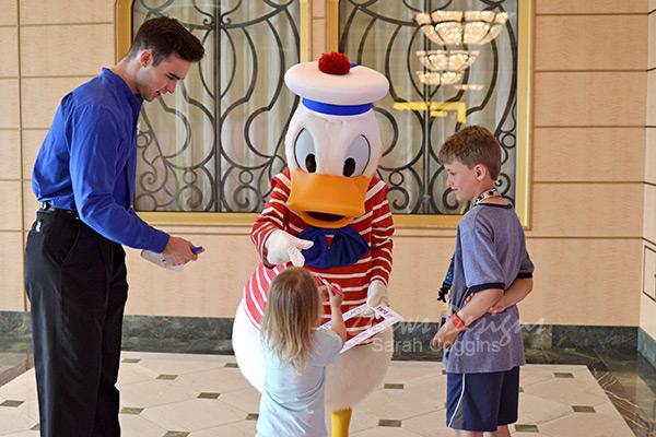 Disney Fantasy Cruise: Donald Duck Autograph Request