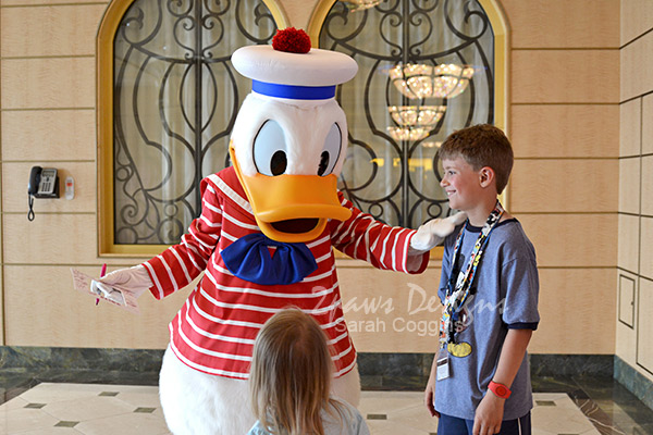 Disney Fantasy Cruise: Meeting Donald Duck
